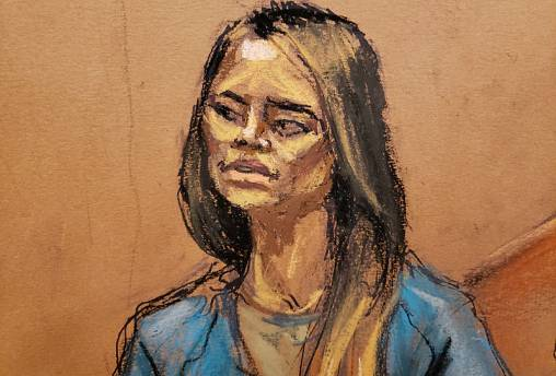 'El Chapo's former mistress describes naked flight through bathtub tunnel