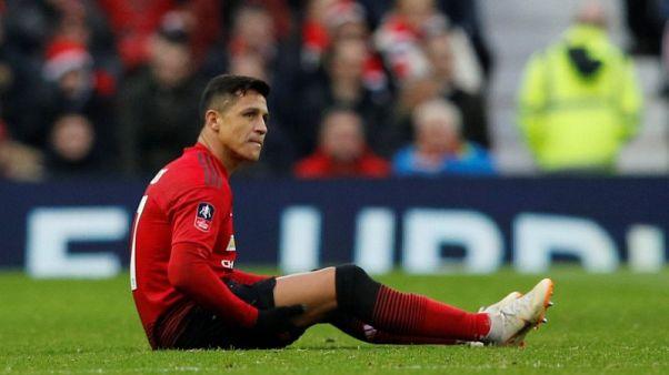 Sanchez set for Man United return but Fellaini out injured