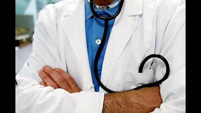 Moglie di un medico prescriveva farmaci