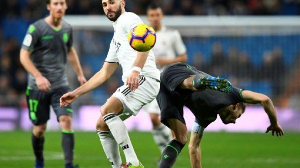 Real Madrid: pas d'opération pour Benzema, apte contre Séville