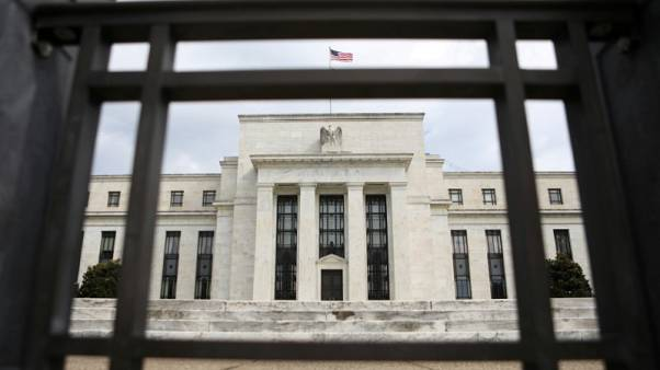 Fed policymakers leave little doubt: Rate hikes can wait