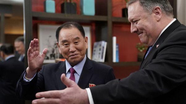 بومبيو يبحث مع مسؤول كوري شمالي المساعي لإحراز  تقدم بشأن نزع السلاح النووي