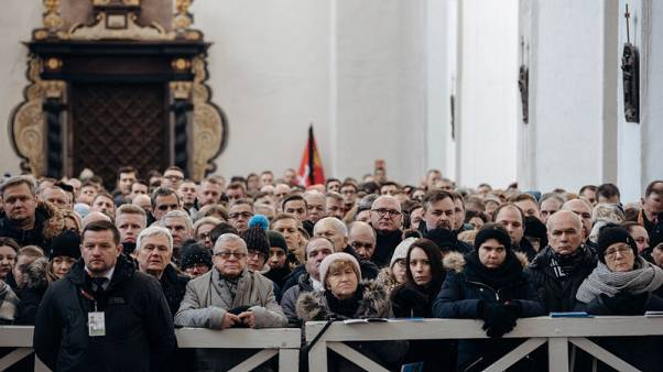 Murdered Polish mayor's funeral draws crowd of 45,000 in Gdansk