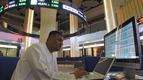 تراجع البورصة السعودية نتيجة خسائر أسهم البنوك وهبوط معظم أسواق الأسهم الخليجية