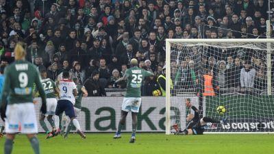 Ligue 1: Lyon s'impose à l'arraché dans un très beau derby à Saint-Etienne