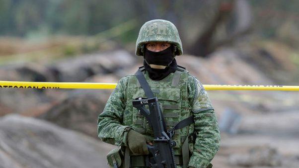وزير مكسيكي: شركة بيميكس لم تغلق صمام خط الأنابيب قبل حدوث الانفجار المميت