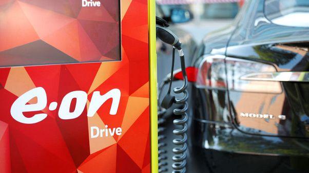 European power firms aim to harness electric car batteries
