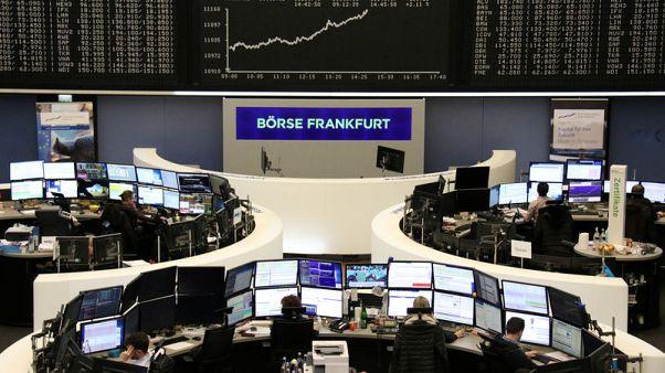 أسهم أوروبا تهبط من أعلى مستوى في 6 أسابيع بعد بيانات نمو الصين