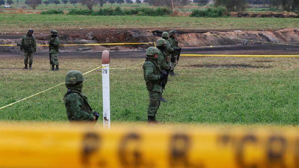 وزير: ارتفاع ضحايا انفجار خط أنابيب المكسيك إلى 89 قتيلا