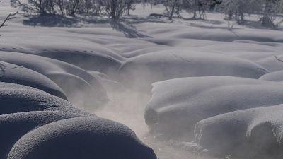 Neve in Austria, rifugio come iceberg