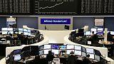 الأسهم الأوروبية تغلق منخفضة بعد بيانات صينية ضعيفة