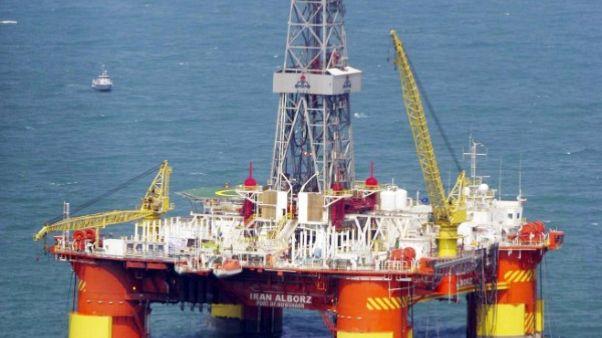 إيران تعجز عن إيجاد مشترين لنفطها الخام المعروض في البورصة
