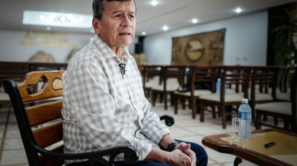 """Attentat en Colombie: l'ELN dit répliquer à des """"attaques"""" du gouvernement"""
