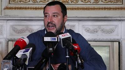 Salvini, migranti si riportano in Libia