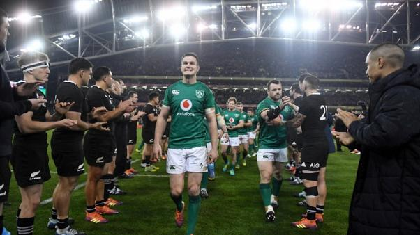 Recovering Sexton joins Ireland squad for Six Nations training