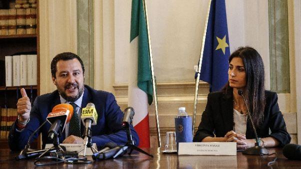 Salvini a Raggi, faccia il suo dovere