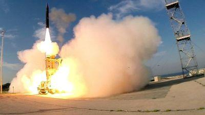 Israël annonce avoir testé avec succès un système antimissiles de longue portée