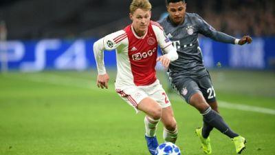 Transfert: le Barça emporte la pépite Frenkie de Jong, doublant le PSG