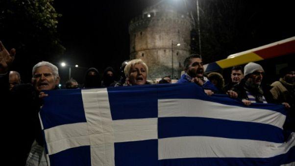 Nom de la Macédoine: le Parlement grec vote vendredi