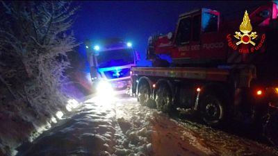 Maltempo: tir bloccati da neve