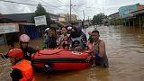 مقتل 30 على الأقل بعد فيضان مياه سد في إندونيسيا