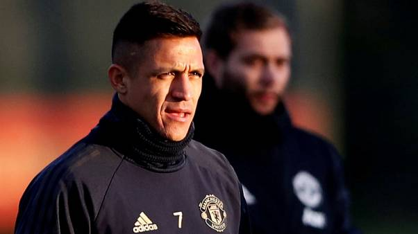 United's Sanchez back in north London to face Gunners