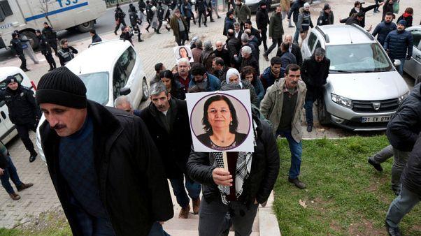 محكمة تركية تأمر بالإفراج عن نائبة كردية أضربت عن الطعام
