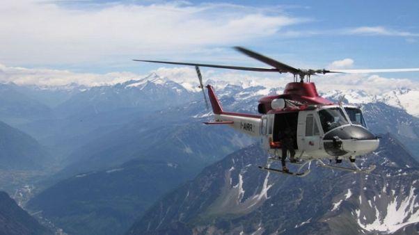 Elicottero contro aereo, 4 morti