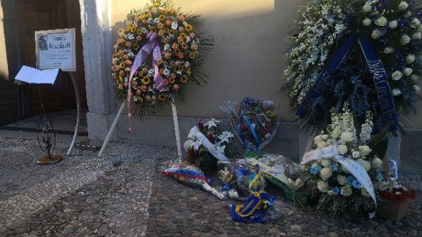 Tifoso ucciso: la figlia, sei mio eroe