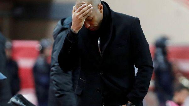 موناكو المتعثر يقيل هنري ويعيد جارديم لتدريب الفريق