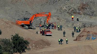 Spanish miners start risky tunnelling to reach missing boy