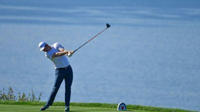 Golf: Rose résiste au 3e tour du Farmers Insurance Open, Woods fait du surplace