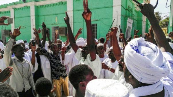 Soudan: nouvelles manifestations antirégime, le président blâme les médias