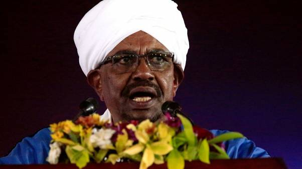 Sudan's Bashir says protesters trying to copy Arab Spring