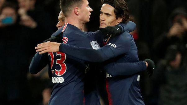 Cavani on target as PSG tame Rennes