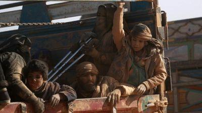 Dans l'est syrien, comment filtrer les jihadistes de l'EI qui fuient parmi les civils?