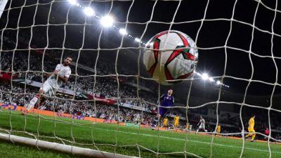 L'isolement du Qatar touche aussi ses supporters de foot, interdits à la Coupe d'Asie