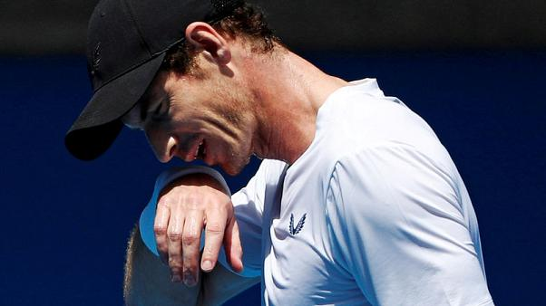 Murray undergoes hip surgery in London