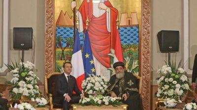 Egypte: nouvel entretien Macron-Sissi, visite aux chefs religieux