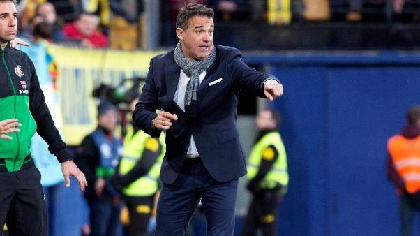 Villarreal esonera tecnico Luis Garcia