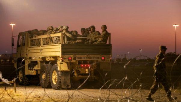 """""""Plusieurs milliers"""" de militaires en renfort à la frontière du Mexique (Pentagone)"""