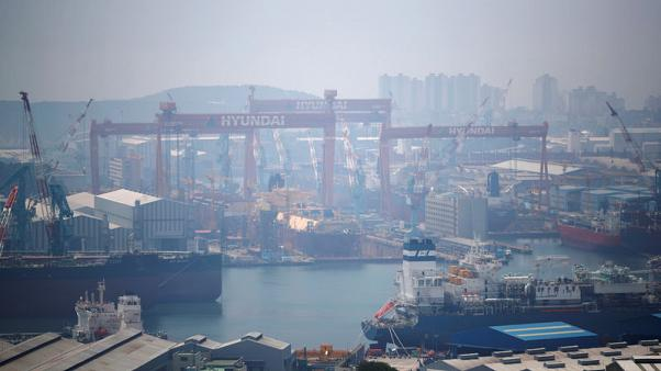 Hyundai Heavy held talks with Daewoo Shipbuilding to buy stake - official