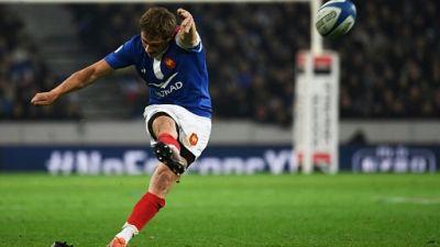 "XV de France: Serin demi de mêlée remplaçant car ""buteur fiable"", selon, Brunel"