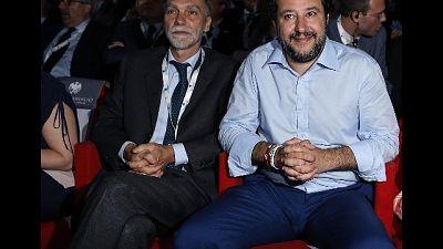Migranti: Delrio, Salvini se li perde