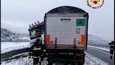 Neve, soccorsi automobilisti in Maremma