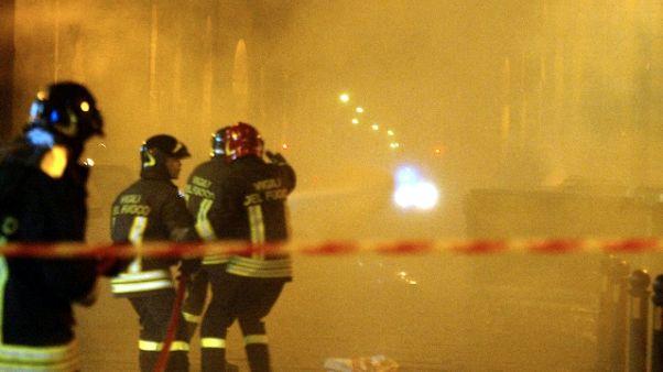 Roulotte in fiamme a Reggio, no feriti