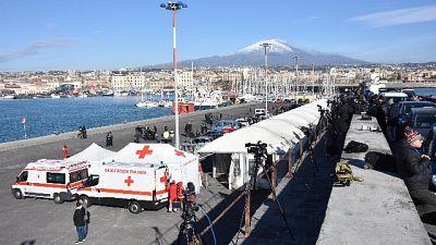 Sea Watch entrata nel porto di Catania