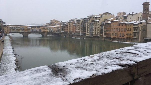 Maltempo: neve a Firenze, Siena e Arezzo