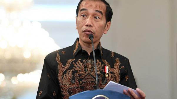 Indonesia president renews pledge to cut corporate taxes if re-elected