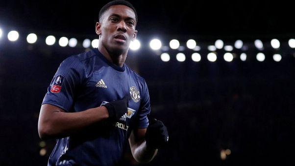 مانشستر يونايتد يمدد تعاقده مع مارسيال حتى 2024